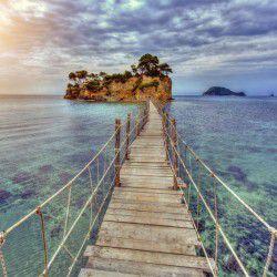 Agios Sostis Isle © Shutterstock