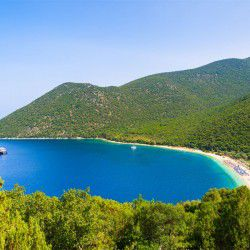 photo of antisamos beach, Kefalonia, travel & discover mysterious Greece