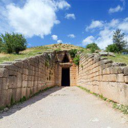 photo of atreustreasury, Mycenae, travel & discover mysterious Greece