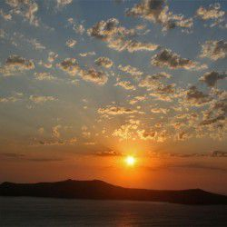 photo of caldera sunset  mg, Santorini, travel & discover mysterious Greece