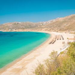 Elia beach © Shutterstock