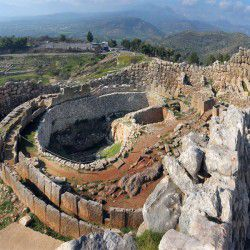 photo of gravecirclea, Mycenae, travel & discover mysterious Greece
