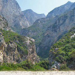 photo of kakoperatos gorge, Samos, travel & discover mysterious Greece