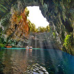 photo of melissani cave, Kefalonia, travel & discover mysterious Greece