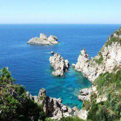 Paleokastritsa Bay © Shutterstock