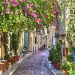 Plaka District © Shutterstock