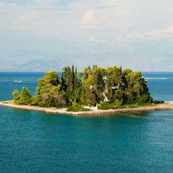 Pondikonisi Isle © Shutterstock