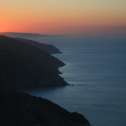Sunset in Folegandros © Navin75 by Flickr
