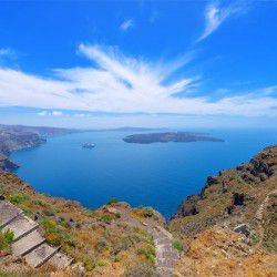 photo of view ofcaldera, Santorini, travel & discover mysterious Greece