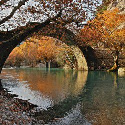 Voidomatis Bridge © Alex Pappas by Flickr