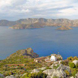 Chapel of Agios Kontantinos © Graham Rowbothamby Flickr