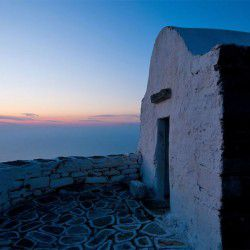 photo of church  agia marina, Sikinos, travel & discover mysterious Greece