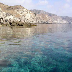 photo of kafoureza beach, Agios Efstratios, travel & discover mysterious Greece