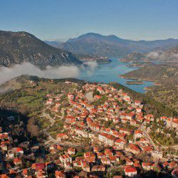 photo of lidoriki village, Delphi, travel & discover mysterious Greece