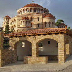 Monastery of Agios Nektarios © Jorge Láscar by Flickr