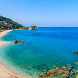 Potami beach © Shutterstock