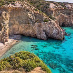 photo of tsigrado, Milos, travel & discover mysterious Greece