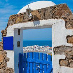 photo of view ofhora, Mykonos, travel & discover mysterious Greece