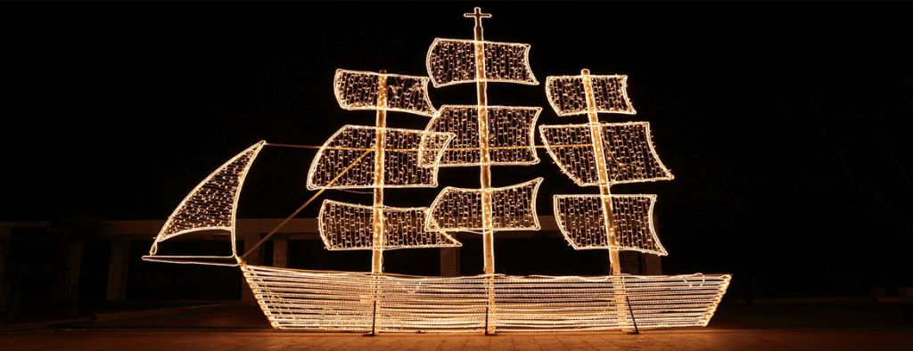 Christmas Boat Greece.Christmas Mysterious Greece The Insider S Travel Guide