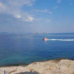 photo of sea  taxi, One Million Words, travel & discover mysterious Greece
