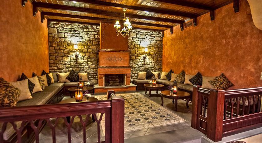 Doupiani Hotel