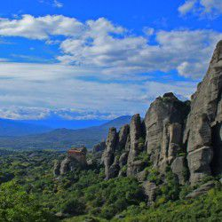 photo of meteorabox, Meteora, travel & discover mysterious Greece