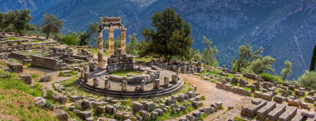photo of delphi, Travel Experiences, travel & discover mysterious Greece