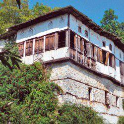 Abandoned House © Mysteriousgreece.com
