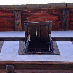 Pelion WIndows © Mysteriousgreece.com