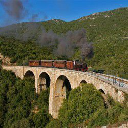 Moutzouris Train © Nikos Kantiris by Flickr
