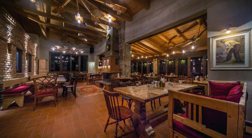 """Fournia"" Restaurant"