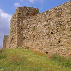 photo of fortified walls of koroni castle, One Million Words, travel & discover mysterious Greece
