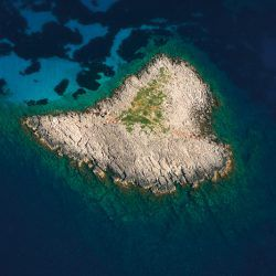 photo of heart shaped isl and, One Million Words, travel & discover mysterious Greece