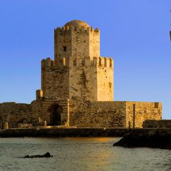 photo of methoni tower res, One Million Words, travel & discover mysterious Greece
