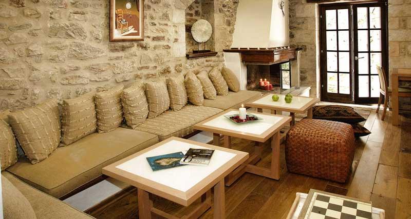 Theonymfi Guesthouse
