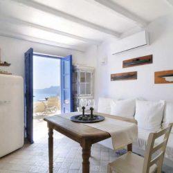 photo of asc, Ilivatos Villa: On the edge of the Caldera, travel & discover mysterious Greece