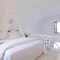 photo of attic room at ilivatos villa, Ilivatos Villa: On the edge of the Caldera, travel & discover mysterious Greece