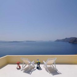 photo of balcony at ilivatos villa, Ilivatos Villa: On the edge of the Caldera, travel & discover mysterious Greece